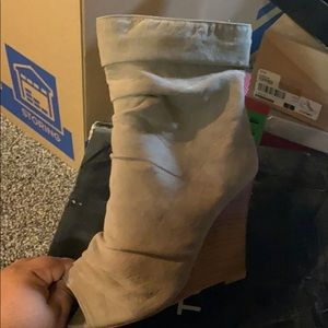Taupe Boot never worn except trying on